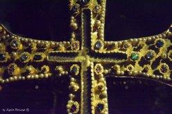 gold-crocifix