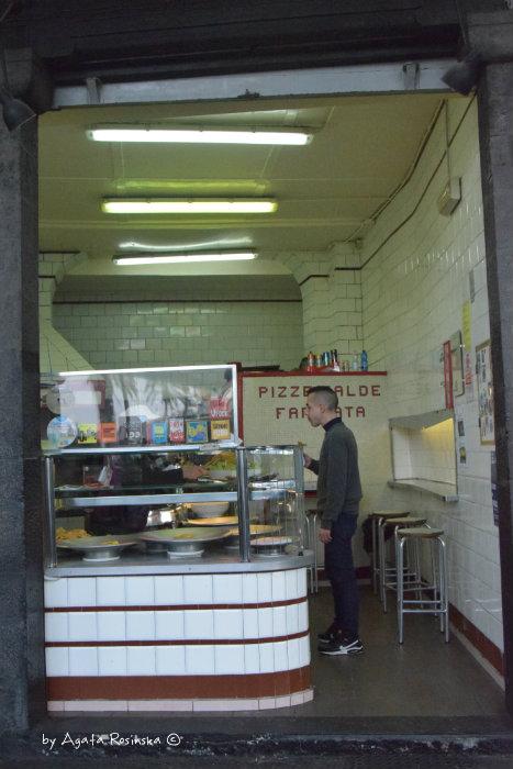 entrance fried food shop