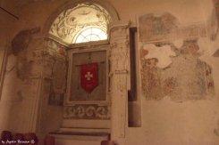 interiors St Katherin Church