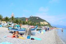public beach Noli