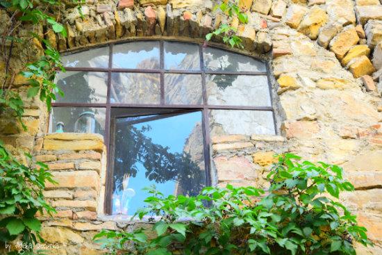 window in Bussana Vecchia