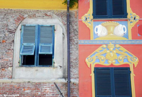 House facades, how Ligurians saved money ;)