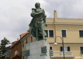 sculpture Columbus Chiavari