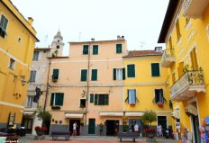houses of Laigueglia