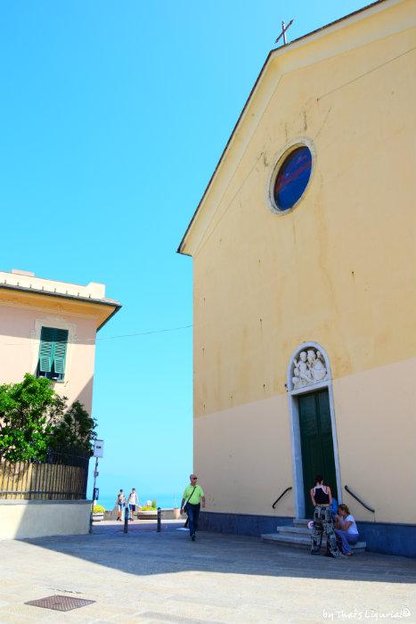 view on Boccadasse from Corso Italia