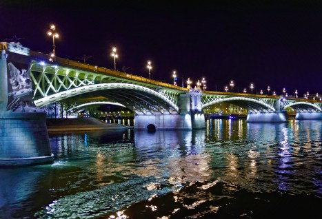 wide angle photo of bridge at night