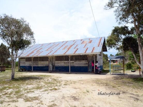 Sekolah Laskar Pelangi