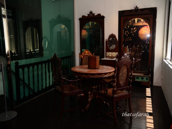 A visit to the Straits Chinese Jewellery Museum provides better understanding to the culture of Peranakan Chinese or better known as Baba & Nyonya.