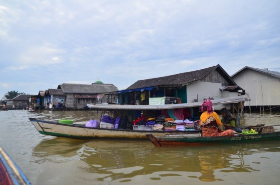 Lok Baintan Floating Market