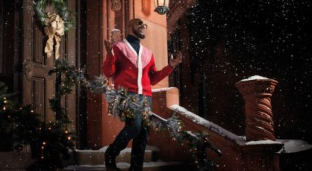 "R. Kelly Announces ""12 Nights Of Christmas Tour"" – First Ever Holiday Album, ""12 Nights Of Christmas,"" Available Now"