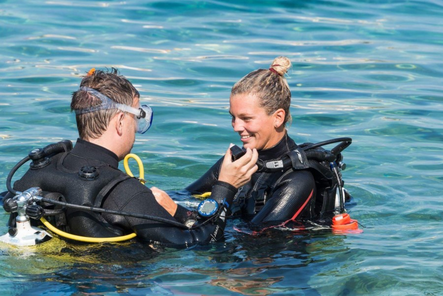 renate-2017-karpathos-love-that-wanderlustrenate-thom-2017-karpathos-dive-instructor-that-wanderlust