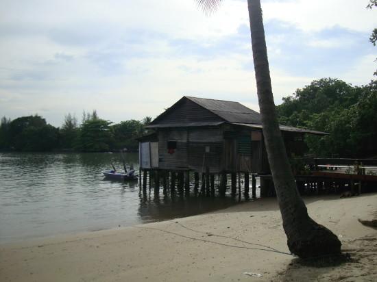 Singapore_Palau_Ubin_beach