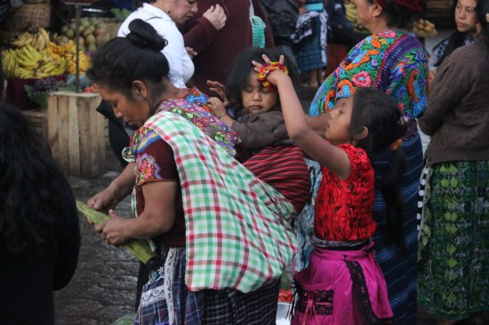 guatemala_market_antigua_kids_locals_family