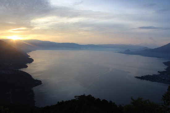 lake_atitlan_guatemala_indian_nose_sunrise