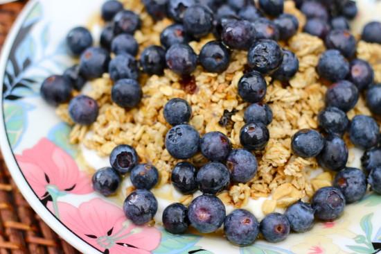 breakfast_blueberries_granola