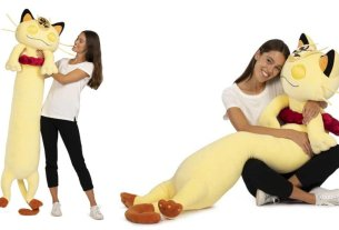You Can Now Buy A Gigantamax Meowth Plush, And It's Over Five Feet Long 3