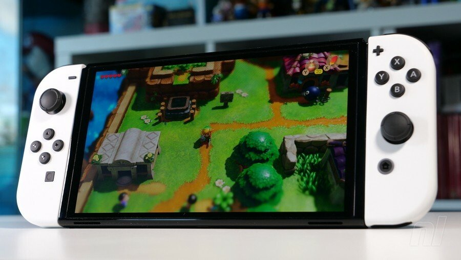 Switch OLED Comes With A Screen Protector Installed, But Please Don't Remove It, Says Nintendo 1
