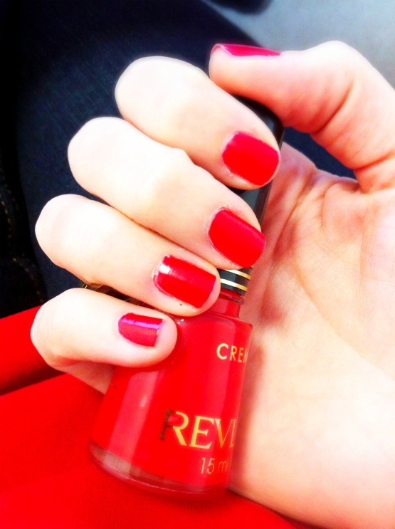 vernis-revlon-red