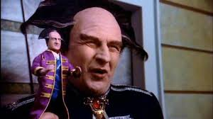 Life Lessons From Babylon 5:  Centuries Pass, Kitsch Remains