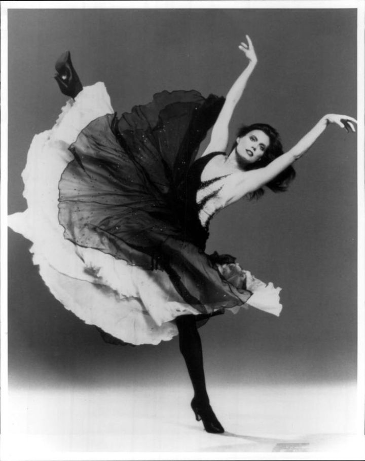 4dee0cf7f3715d8a8e670be05ba0e9d2--dance-photos-lets-dance.jpg