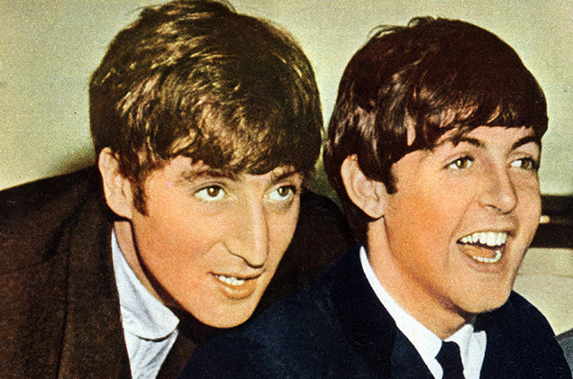 beatle battle who wrote a better christmas song john lennon - John Lennon Christmas Song