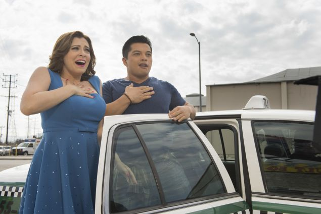"""Crazy Ex Girlfriend -- """"When Do I Get to Spend Time with Josh?"""" -- Image Number: CEG209a_0208b.jpg -- Pictured (L-R): Rachel Bloom as Rebecca and Vincent Rodriguez III as Josh -- Photo: Colleen Hayes/The CW -- ©2016 The CW Network, LLC All Rights Reserved."""