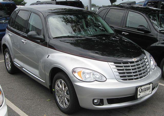 640px-2010_Chrysler_PT_Cruiser_Classic_--_08-12-2010.jpg