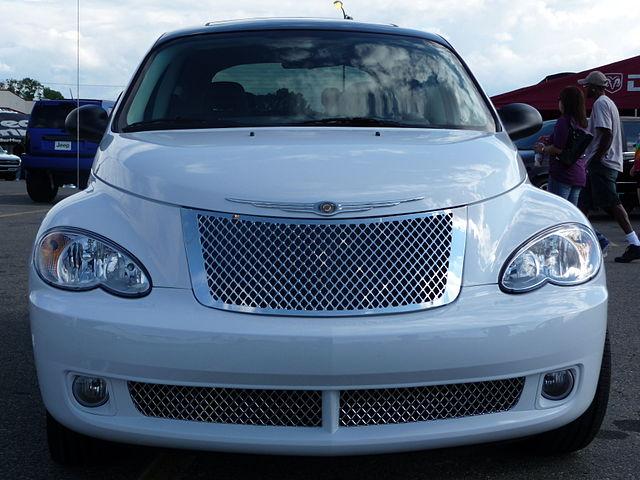 640px-Chrysler_PT_Cruiser_Dream_Cruiser_5_Front.JPG