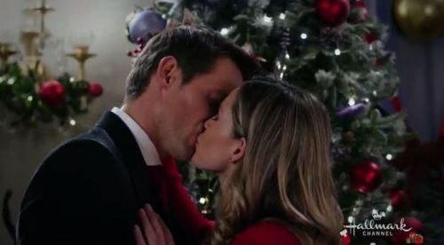 Christmas At The Palace.Hallmark Christmas Christmas At The Palace Recap Review