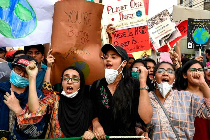 lahore_climate_strike