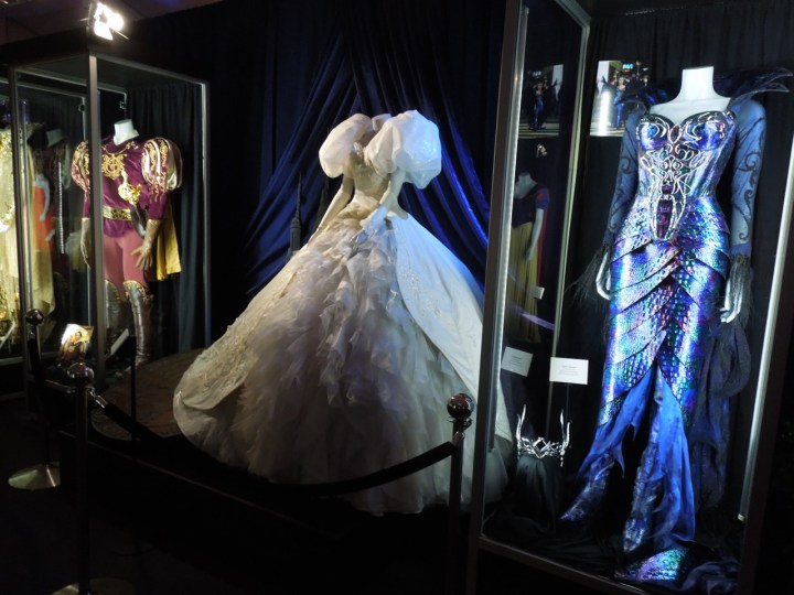 Enchanted movie costumes