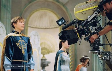 the-chronicles-of-narnia-the-lion-the-witch-and-the-wardrobe-lg