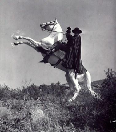 Guy Williams Zorro 67 9-26-13