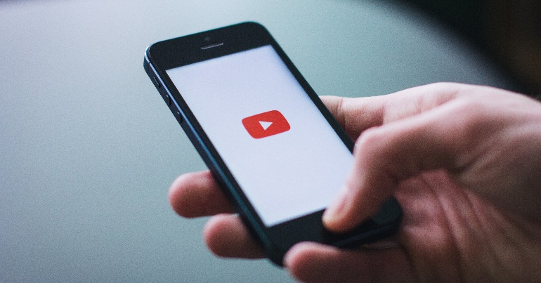 Hate Online – YouTube is being used by the Irish far right to spread hatred, misinformation, and whip up hysteria about asylum seekers