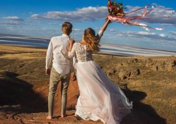 Красные горы Богдо: love-story Александра и Дарьи