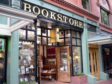 The Indie Bookstore in the Amazon Age Editorials