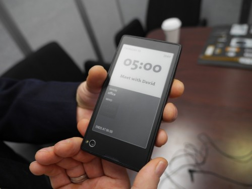 With the Yotaphone hands on (video) Conferences & Trade shows e-Reading Hardware