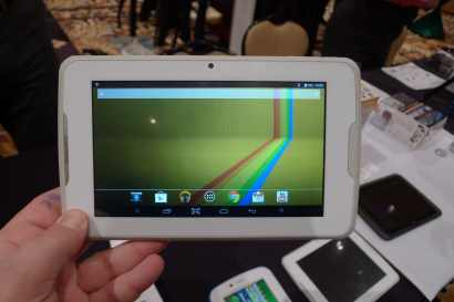 Hands on With Polaroid's New Tablets - CES 2014 Conferences & Trade shows e-Reading Hardware