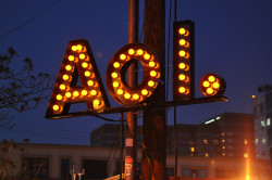 Verizon to Buy AOL for $4.4 Billion Advertising Web Publishing