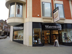 Waterstones Bucks Bookstore Bust, Plans Preeminent Palace of Books Bookstore
