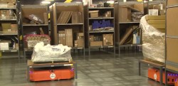 robot amazon warehouse