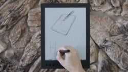 "Noteslate Unveils the Hero 13"" E-ink Writing Slate (video) e-Reading Hardware"