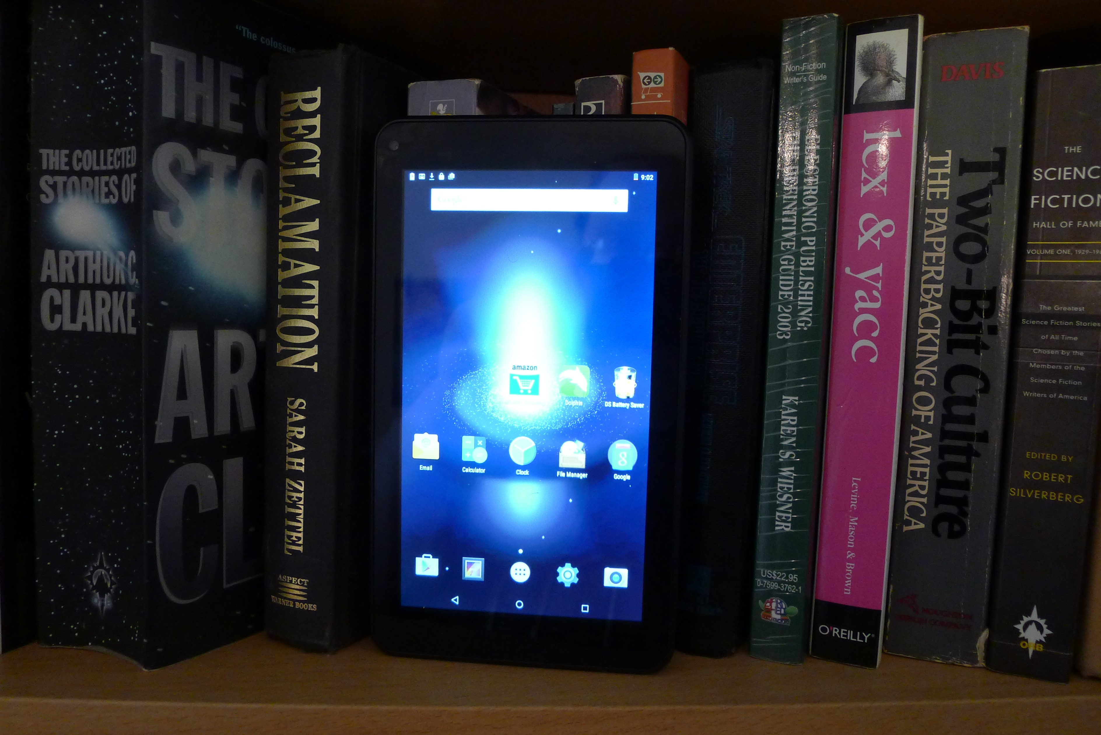 Review: Digiland DL718M Android Tablet Gives the Amazon Fire