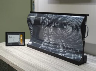 "E-ink Debuts Flexible 32"" Mobius Display Conferences & Trade shows E-ink e-Reading Hardware"