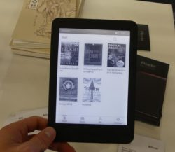 "Hands On With the iReader Plus 6.8"" eReader (video) e-Reading Hardware"