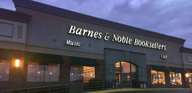 Barnes & Noble Investor Thinks Retailer is Worth More than Elliott's Bid Barnes & Noble