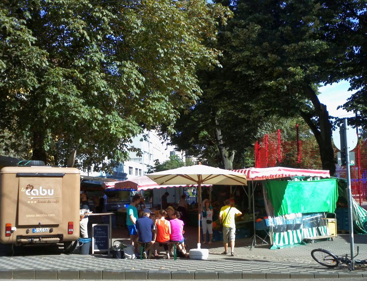 Hipster-Kaffee auf dem Wochenmarkt (2012)