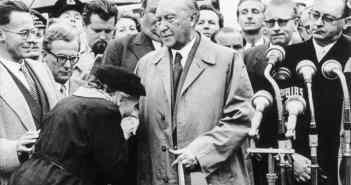Der kölsche Klüngelkaiser Konrad Adenauer (Foto: Bundesarchiv, B 145 Bild-107546 / CC-BY-SA 3.0)