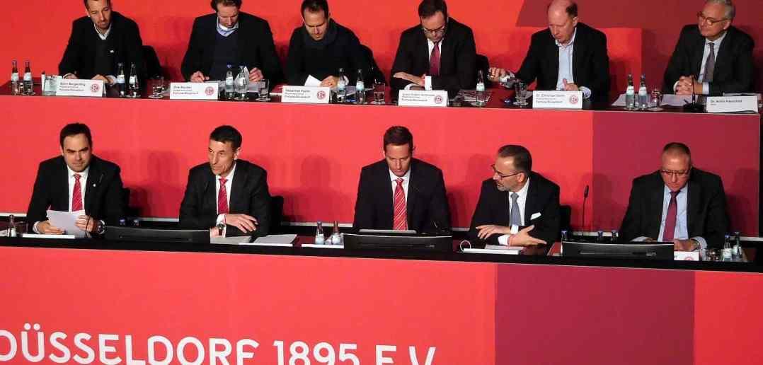 Vorstand und Aufsichtsrat bei der F95-JMV 2018