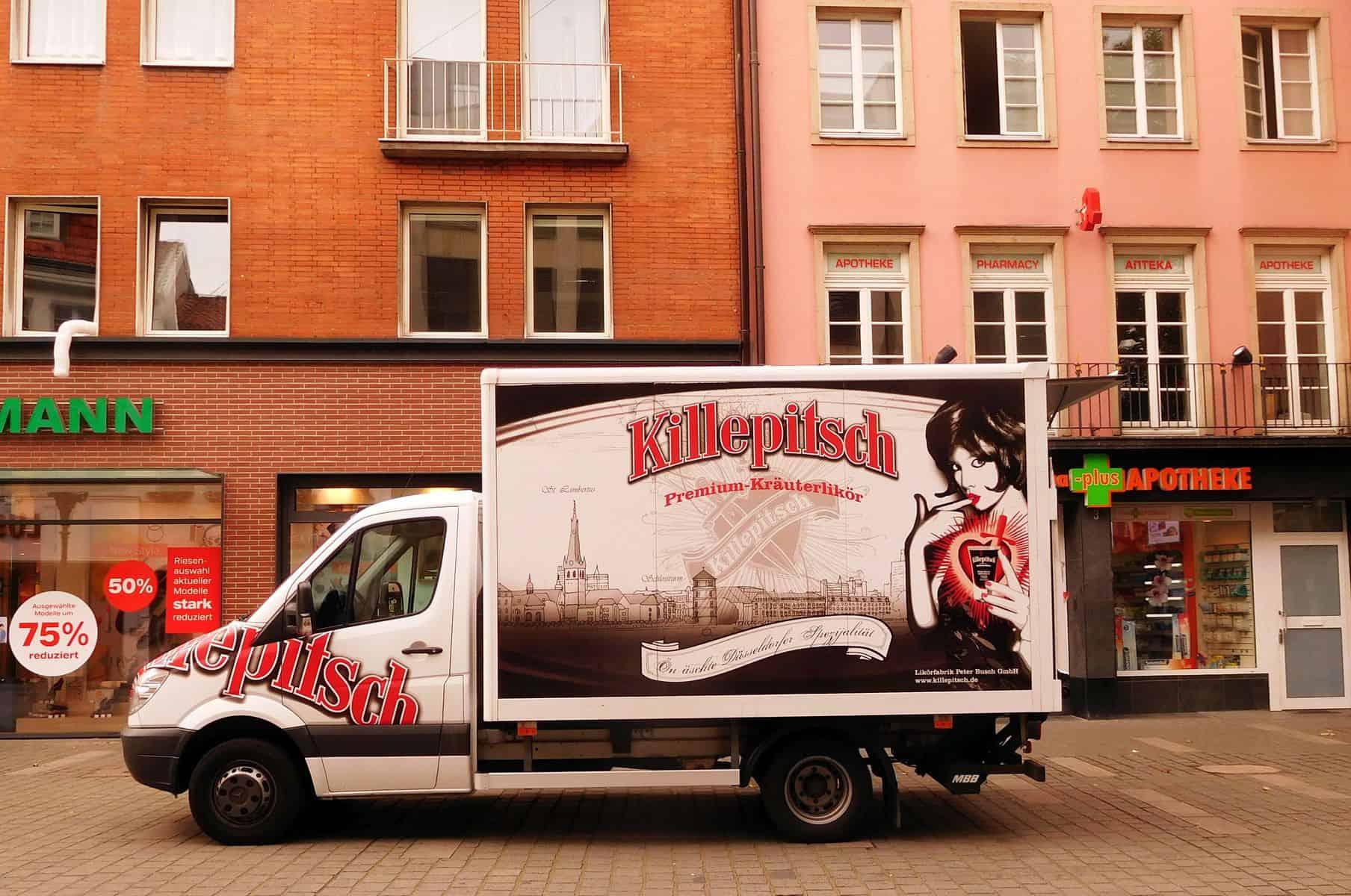 Immer stilsicher, immer schön: auch der Killepitsch-Lieferwagen (Foto: TD)
